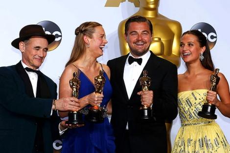 В Лос-Анджелесе состоялась ежегодная 88-я церемония вручения премии «Оскар»